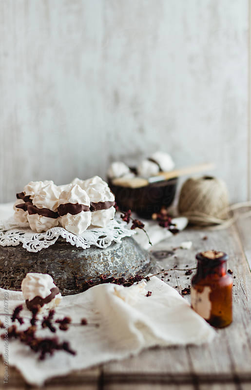 Meringue kisses by Tatjana Ristanic for Stocksy United