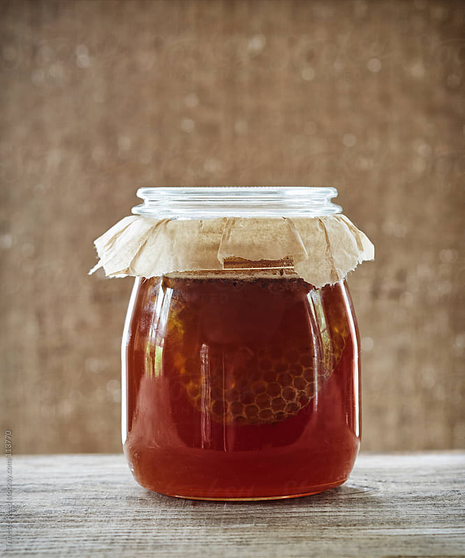 Still life of freshly picked locally grown organic honey by Trinette Reed for Stocksy United