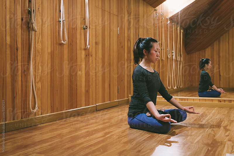 Woman practicing yoga by Maa Hoo for Stocksy United