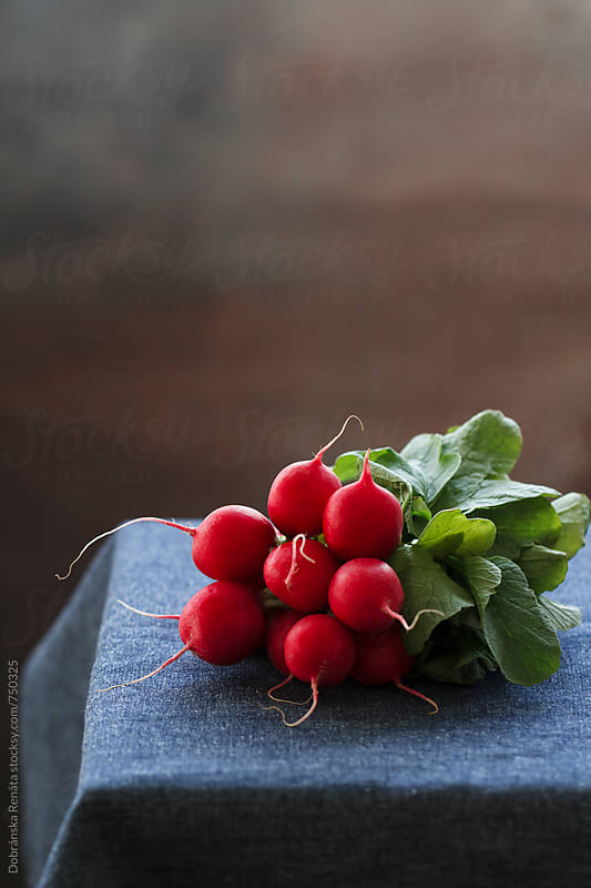 Fresh radishes by Dobránska Renáta for Stocksy United