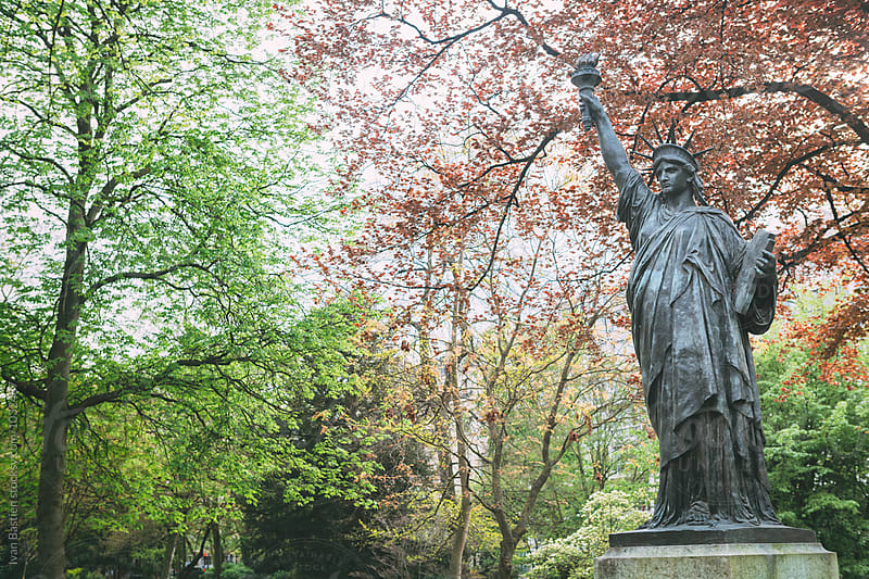 Little Statue of Liberty in Luxembourg Park in Paris, France by Ivan Bastien for Stocksy United