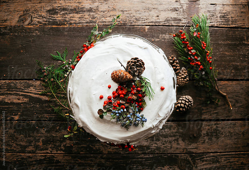 christmas cake by Jovana Vukotic for Stocksy United