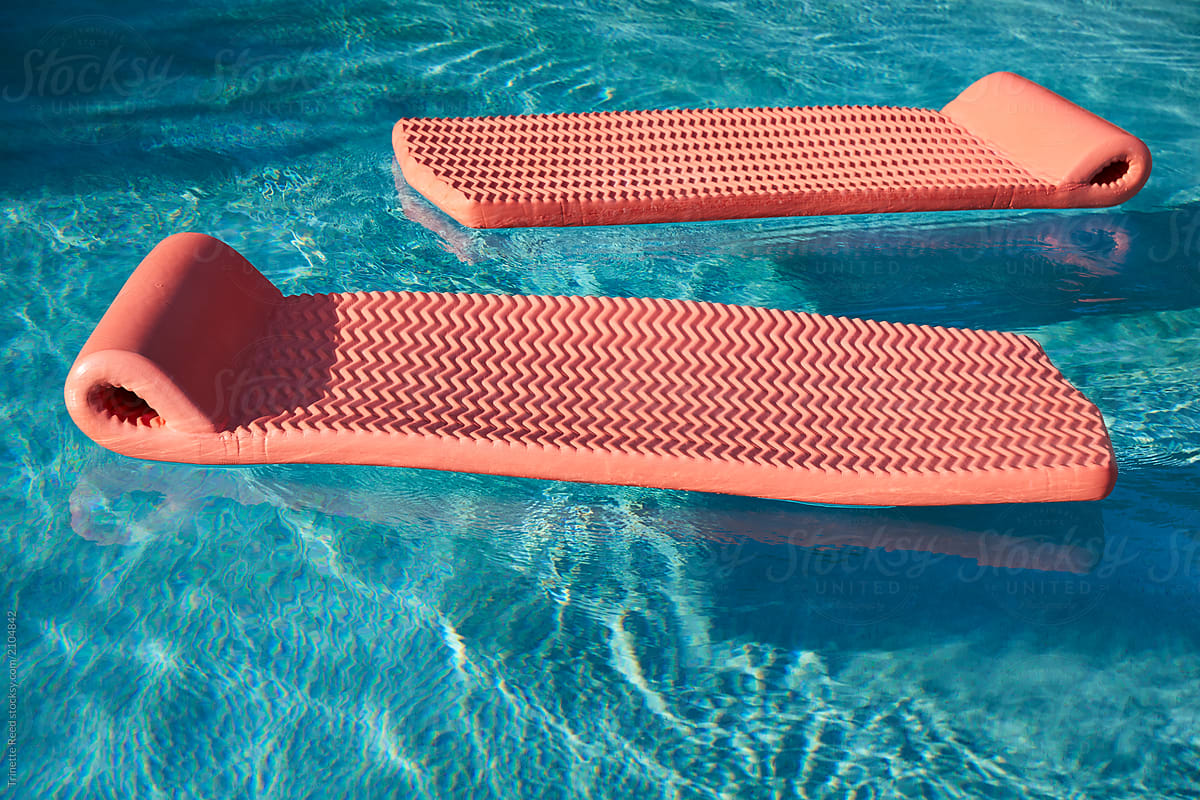 Pool Floats in swimming pool by Trinette Reed - Pool, Float ...