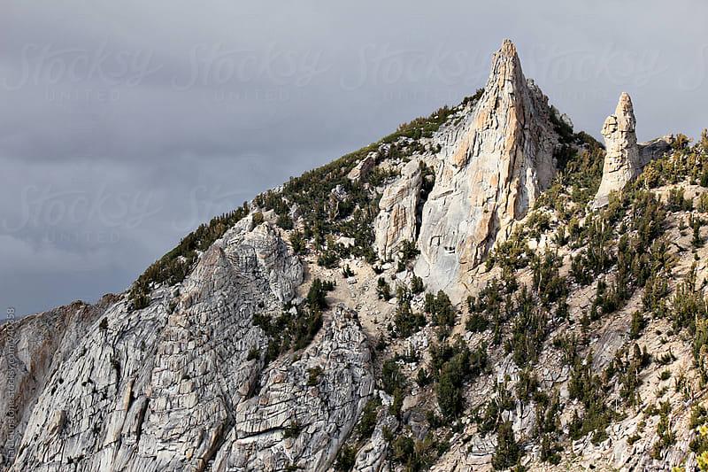 Rocky peaks in Yosemite by Tari Gunstone for Stocksy United