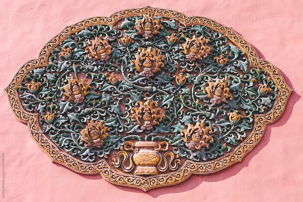 Ancient Chinese Glazed Decorative Ceramic Tiles In Lotus Floral