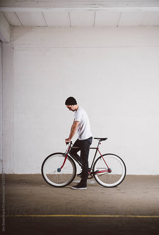 Single Speed Fixie Bycicle by Urs Siedentop & Co for Stocksy United