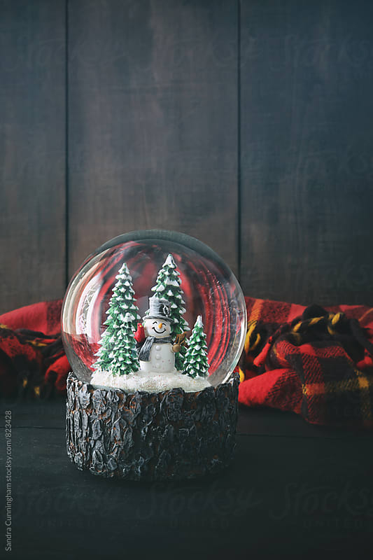 christmas; copyspace; decor; decoration; fairy light; feminine; festive; globe; gold; holiday; snow; by Sandra Cunningham for Stocksy United