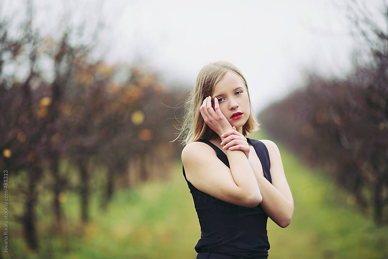 Portrait of a young girl by Jovana Rikalo for Stocksy United