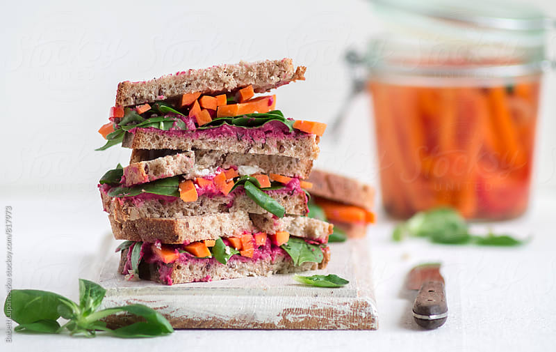 Vegetarian sandwich by Babett Lupaneszku for Stocksy United