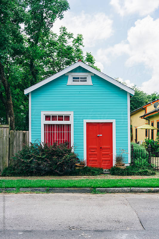 Colourful house in New Orleans by Jen Grantham for Stocksy United