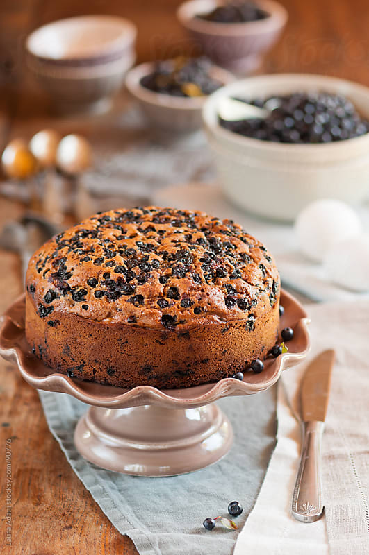 blueberries wholemaeal cake  by Laura Adani for Stocksy United