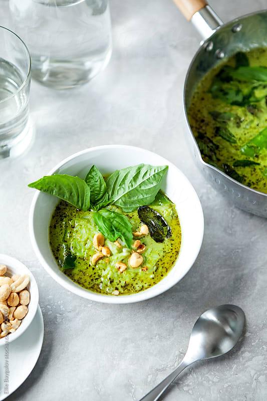 Green chicken curry by Ellie Baygulov for Stocksy United
