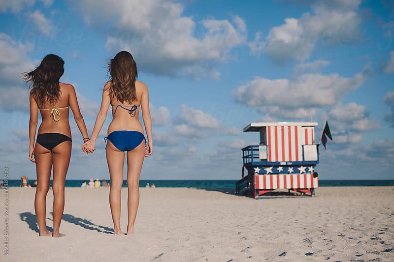 Lesbians In Bikini 16