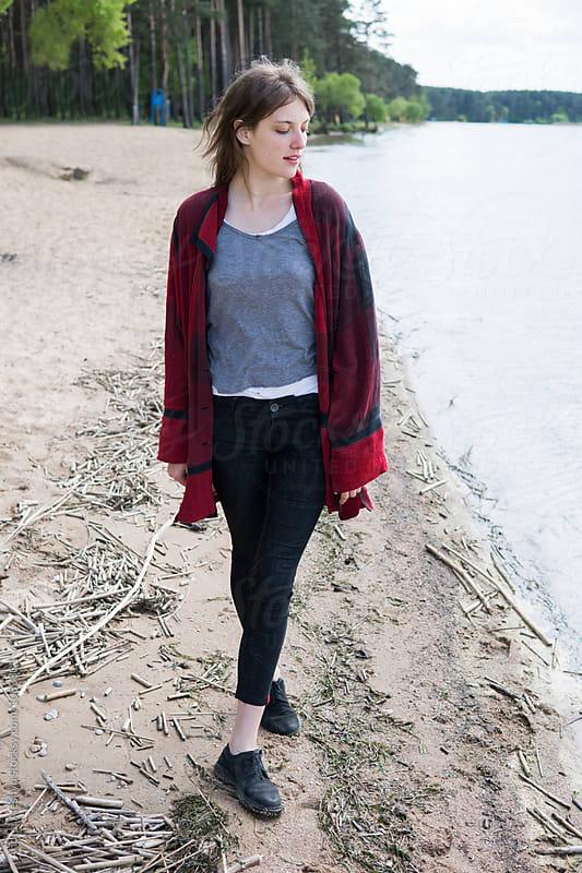 beautiful girl walking on the beach by Andrei Aleshyn for Stocksy United