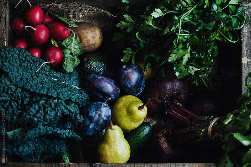 Box of fresh produce by Ellie Baygulov for Stocksy United