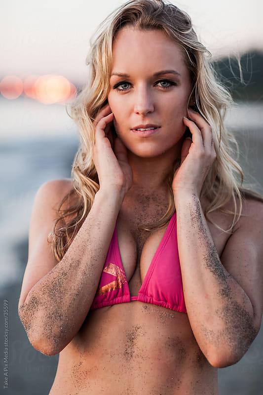 Beautiful woman in bikini on the beach  by Suprijono Suharjoto for Stocksy United