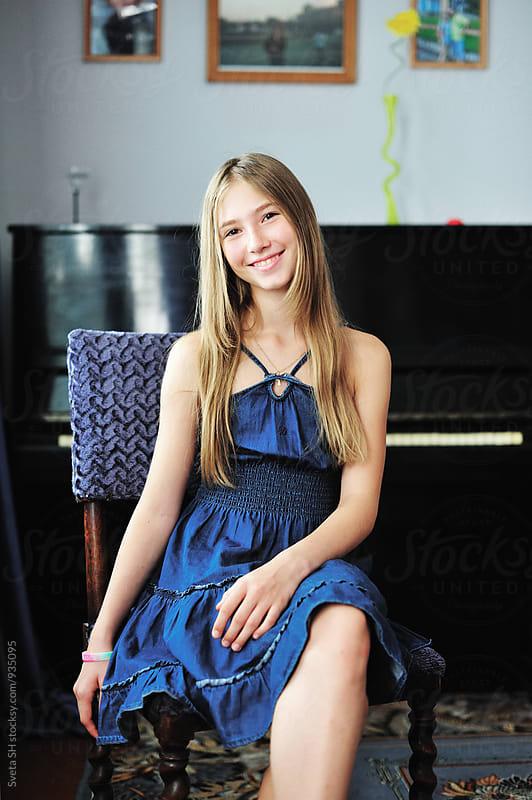 Portrait of teen girl by Sveta SH for Stocksy United