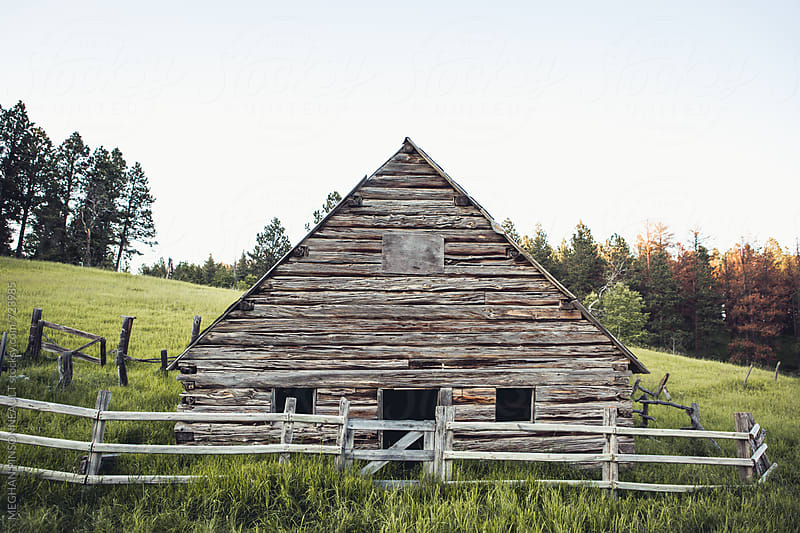 Old Barn in Wyoming Hills by MEGHAN PINSONNEAULT for Stocksy United
