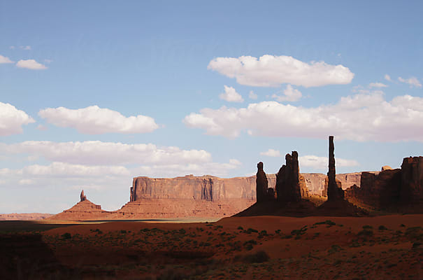 Light- and shadowplay at Monument Valley by Kaat Zoetekouw