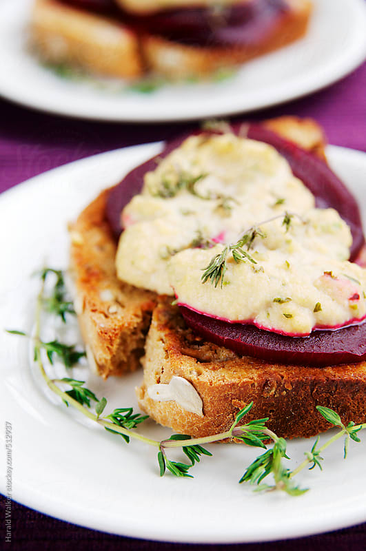 Beet Brushetta with Homemade Vegan Blue Cheese by Harald Walker for Stocksy United