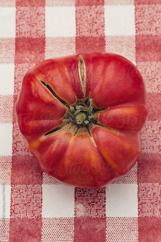 Heirloom Tomato by ALAN SHAPIRO for Stocksy United