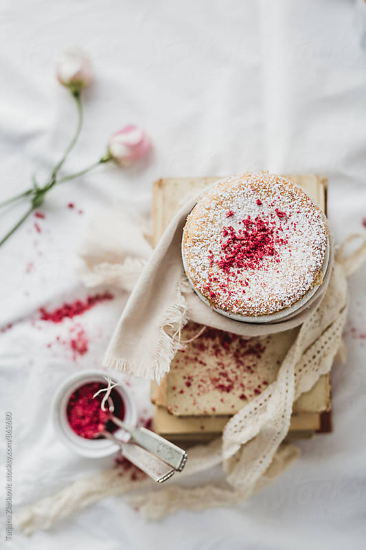 White chocolate souffle with dried raspberries by Tatjana Ristanic for Stocksy United