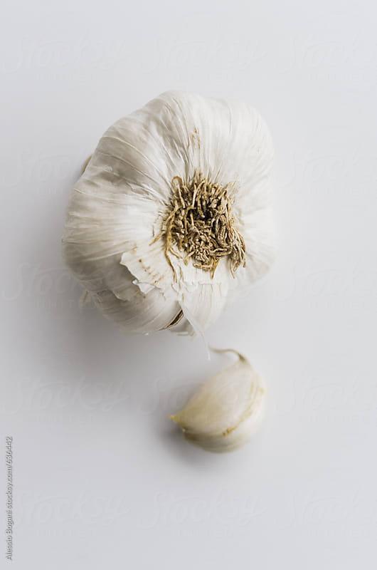 Garlic clove by Alessio Bogani for Stocksy United