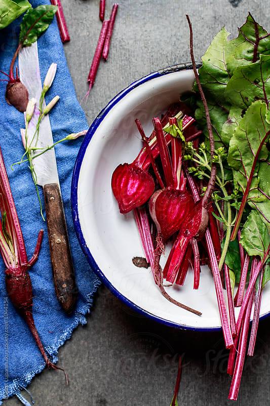 Fresh beetroot by Viktorné Lupaneszku for Stocksy United