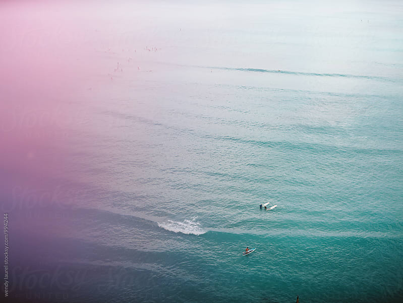 pink tint waikiki ocean by wendy laurel for Stocksy United