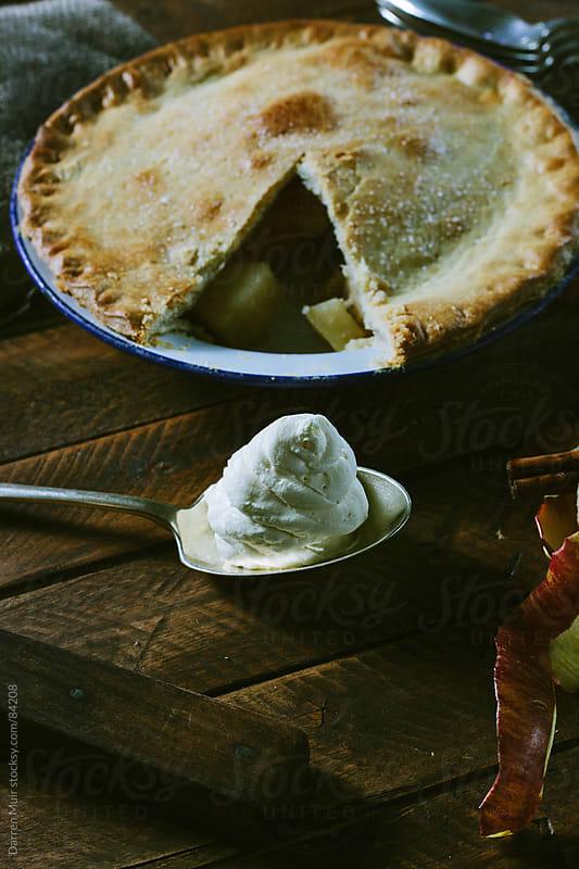 Homemade apple pie.  by Darren Muir for Stocksy United