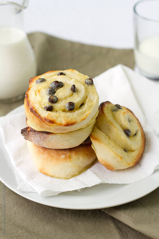 Vanilla pudding chocolate chip breakfast rolls by Noemi Hauser for Stocksy United