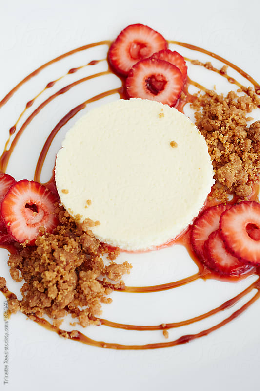 Fromage blanc cheesecake with organic strawberries, graham cracker streusel, balsami by Trinette Reed for Stocksy United