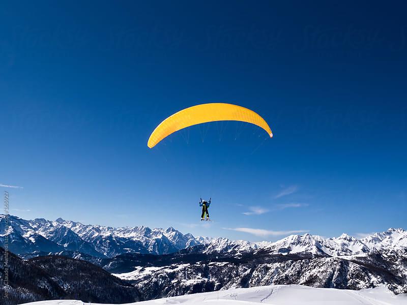 Paraski, extreme mountain sport