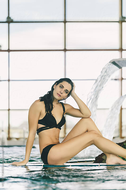 Beautiful Woman Relaxing in a Spa Center by VICTOR TORRES for Stocksy United