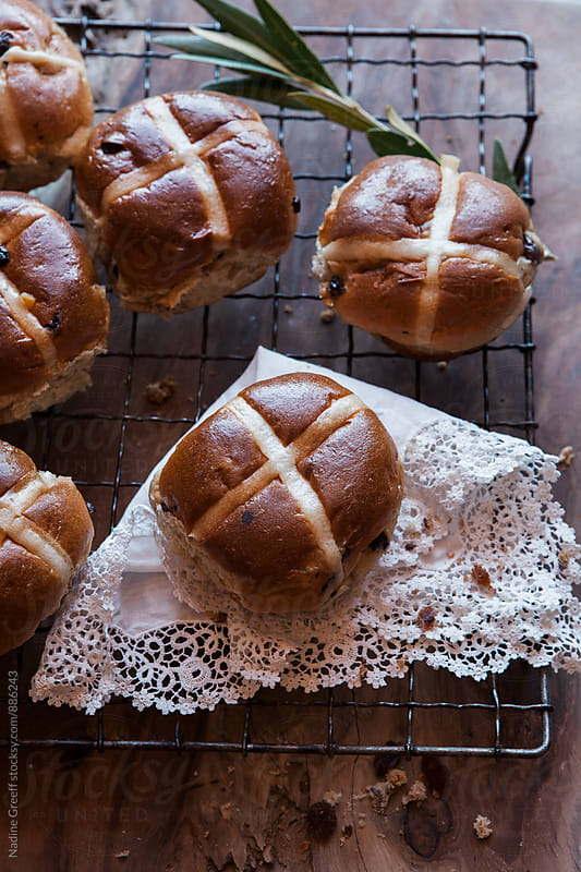 Allspice hot cross buns by Nadine Greeff for Stocksy United