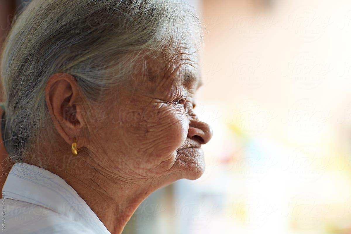 asian woman profile