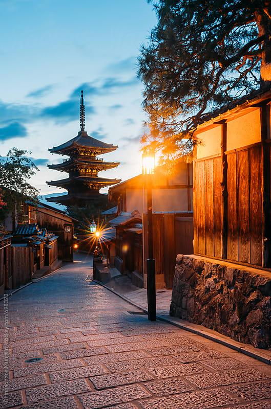 Yasaka Pagoda in Kyoto, Japan by Chinnaphong Mungsiri for Stocksy United