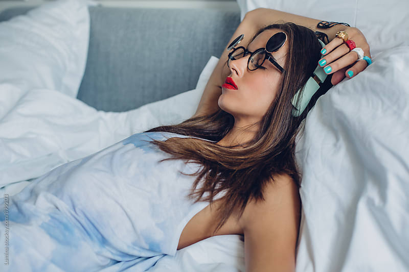 Beautiful Model Posing in Bed by Lumina for Stocksy United