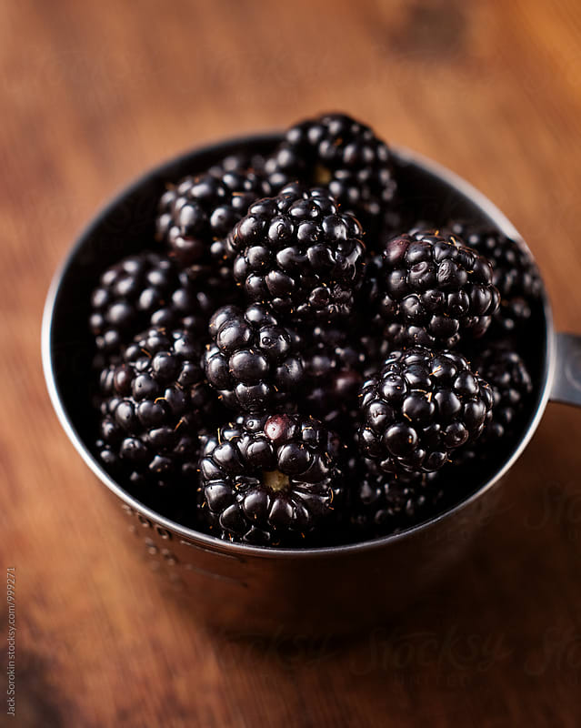 Measuring Blackberries by Jack Sorokin for Stocksy United