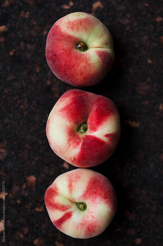 Fresh saturn peaches by Dobránska Renáta for Stocksy United