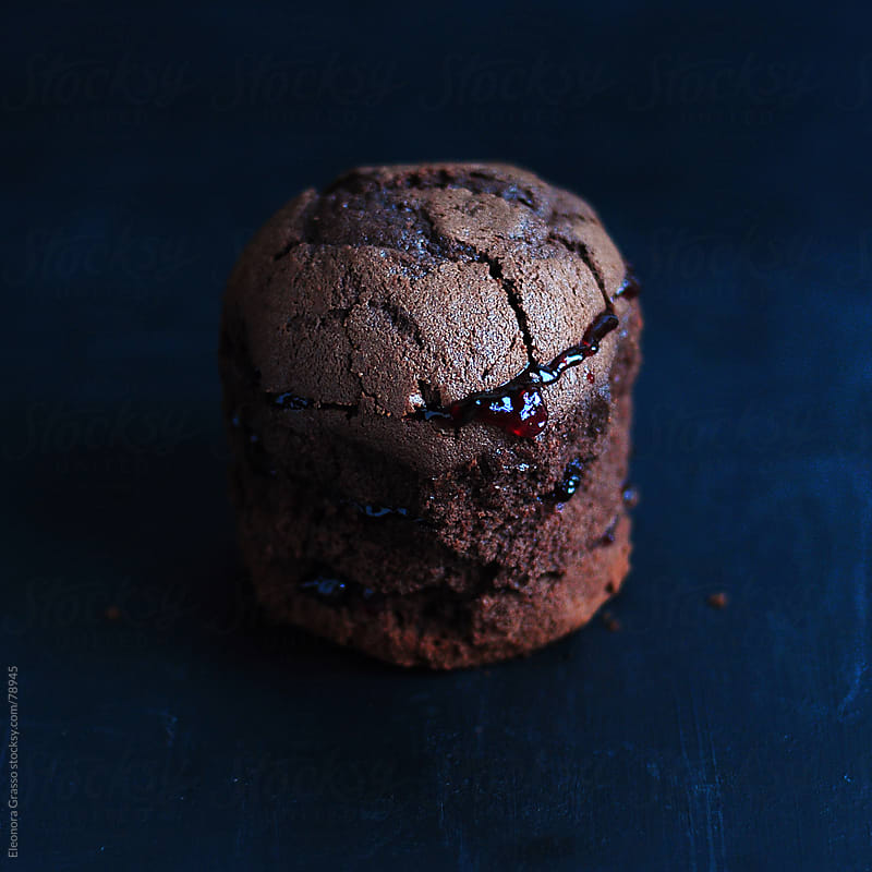 Little chocolate cake by Eleonora Grasso for Stocksy United