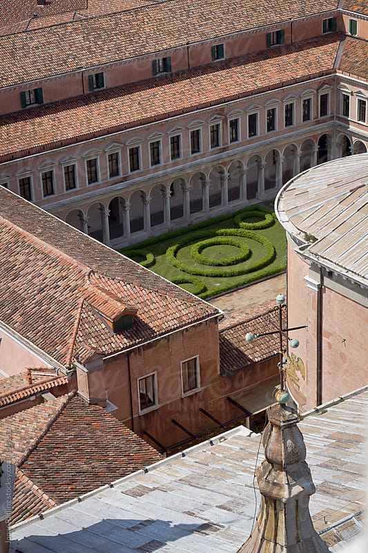 Courtyard from above in Venice, Italy by Jonas Räfling for Stocksy United