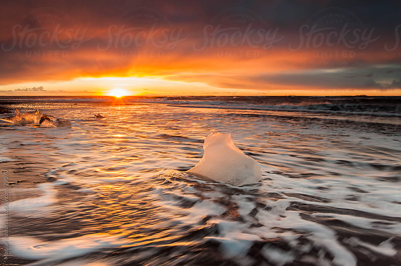 Sunrise in Jökulsárlón by Marilar Irastorza for Stocksy United