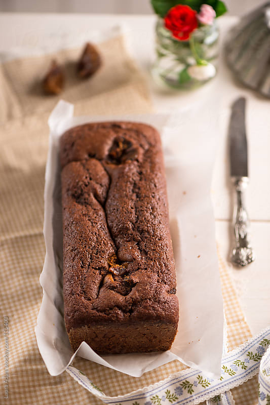 chocolate plumcake with dried figs by Laura Adani for Stocksy United