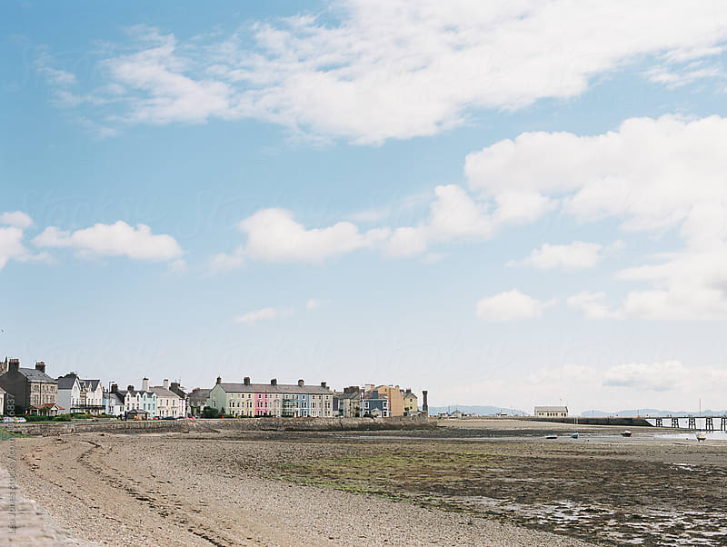 houses on the side of the coast by Léa Jones for Stocksy United