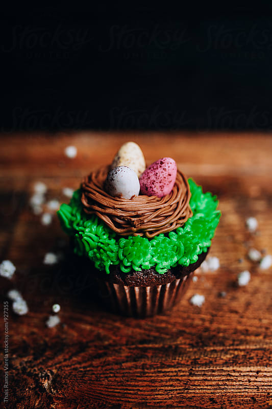 Easter cupckes  by Thais Ramos Varela for Stocksy United