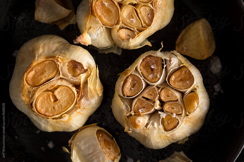 Roast Garlic in Clsoe by Jeff Wasserman for Stocksy United