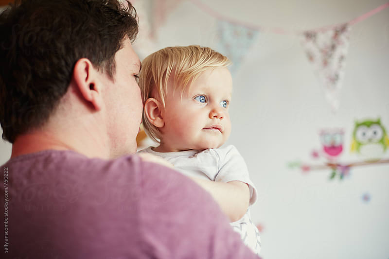 Father and baby daughter by sally anscombe for Stocksy United