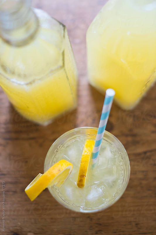 Homemade Old Fashioned Lemonade by Rowena Naylor for Stocksy United