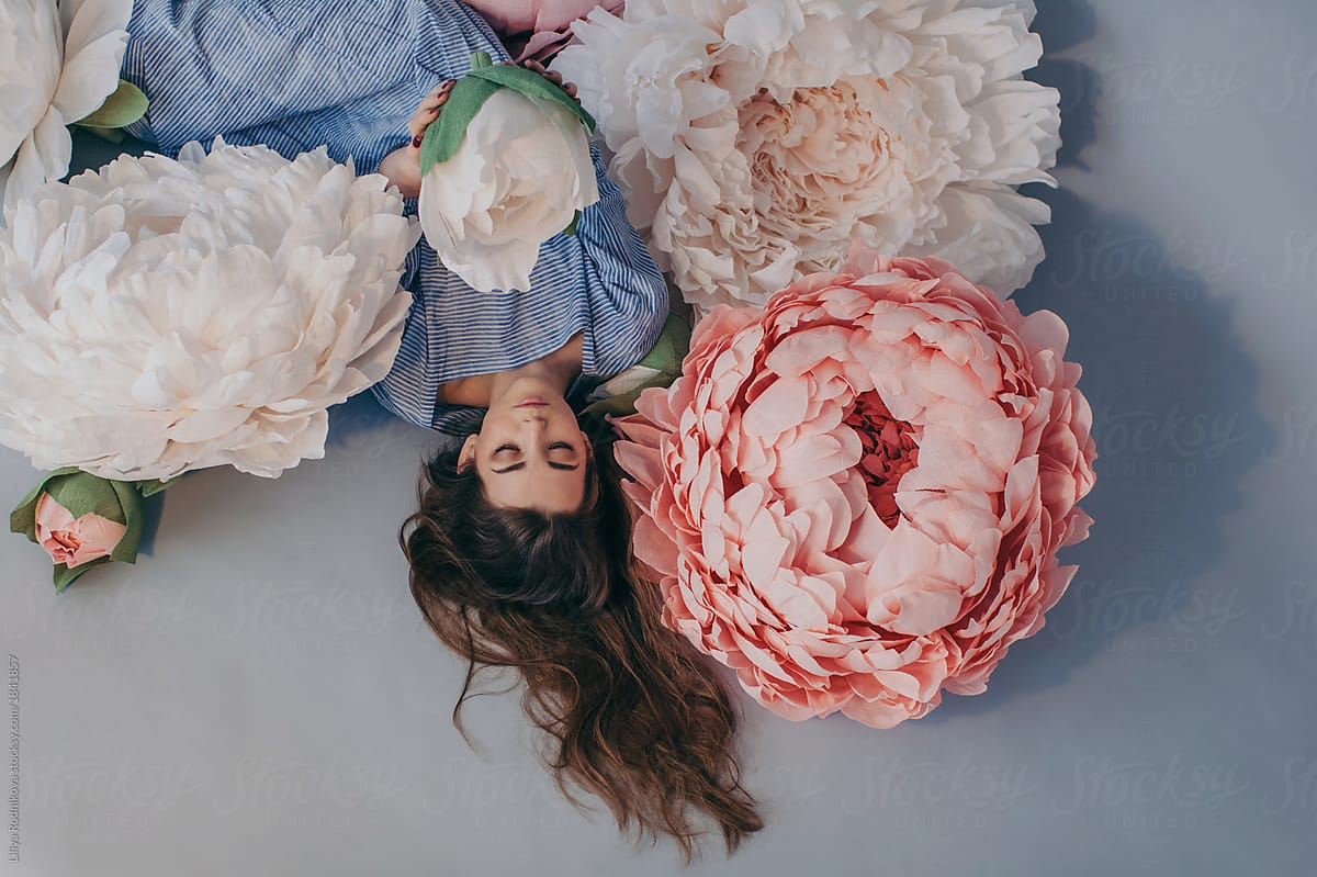 giant flowers indoor diy photography props